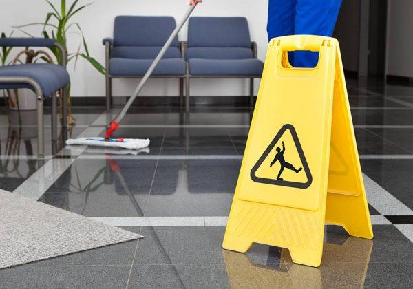 מה ההבדל בין שירותי ניקיון לבית לבין ניקיון משרד